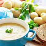 Sopa de patata buena y fácil para los días de otoño